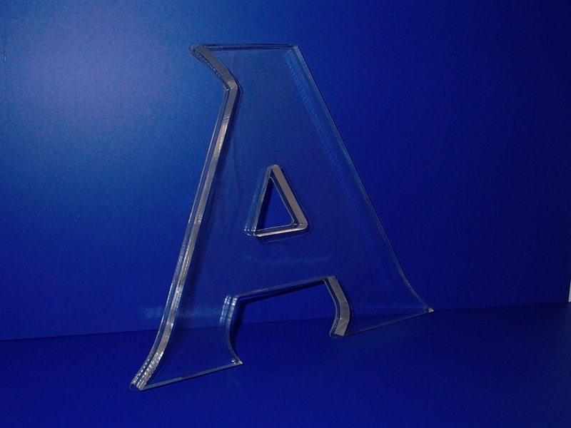 Буквы из пластика